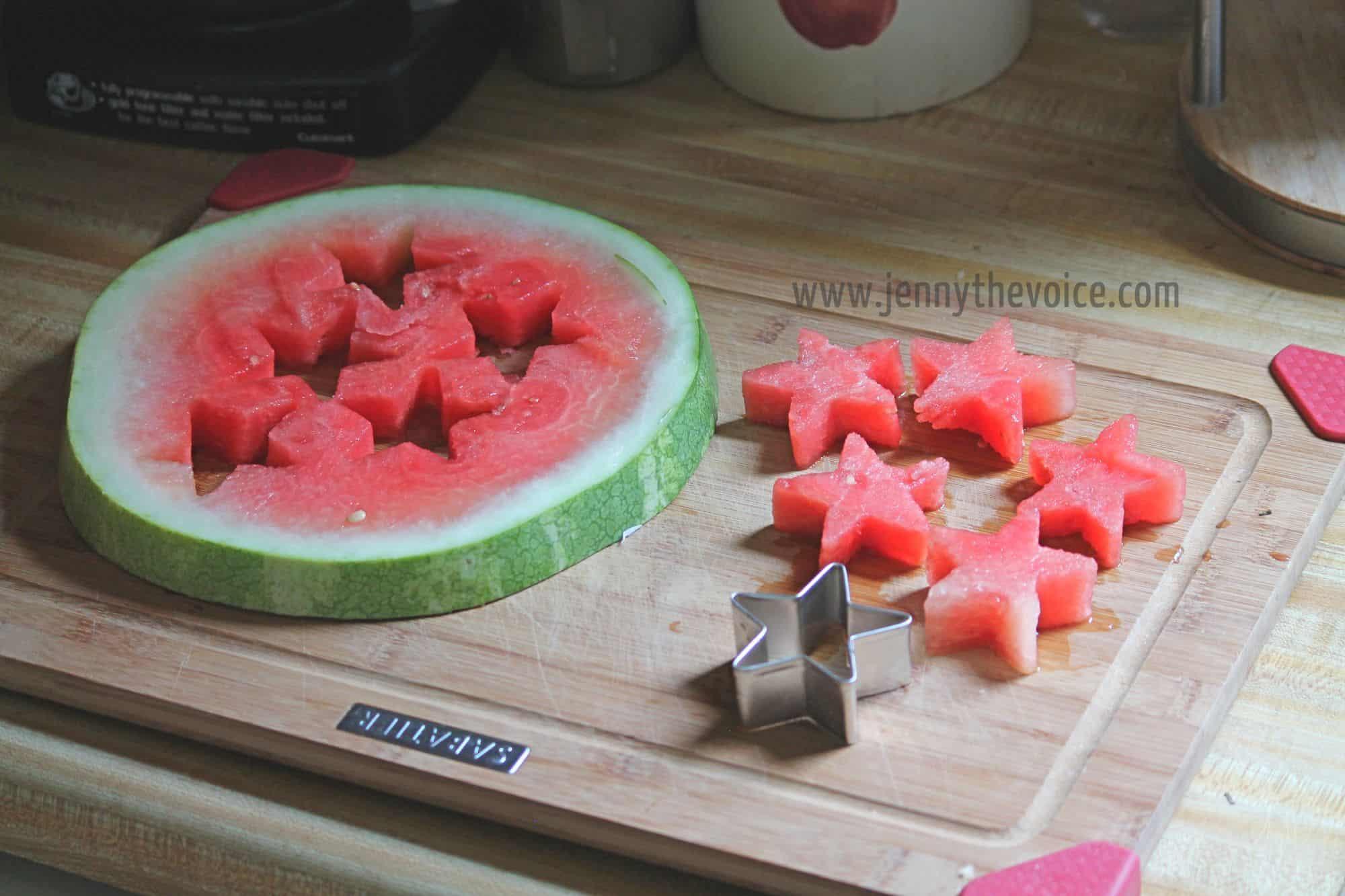 Pinchos-de-fruta-para-el-4-de-Julio