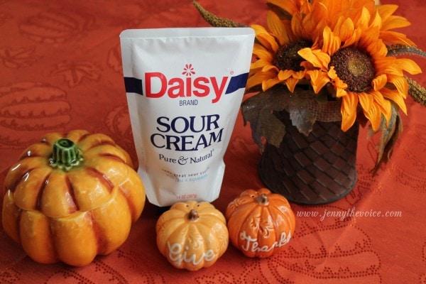 UpTLu6c e1443764671560 - Daisy Squeeze Sour Cream