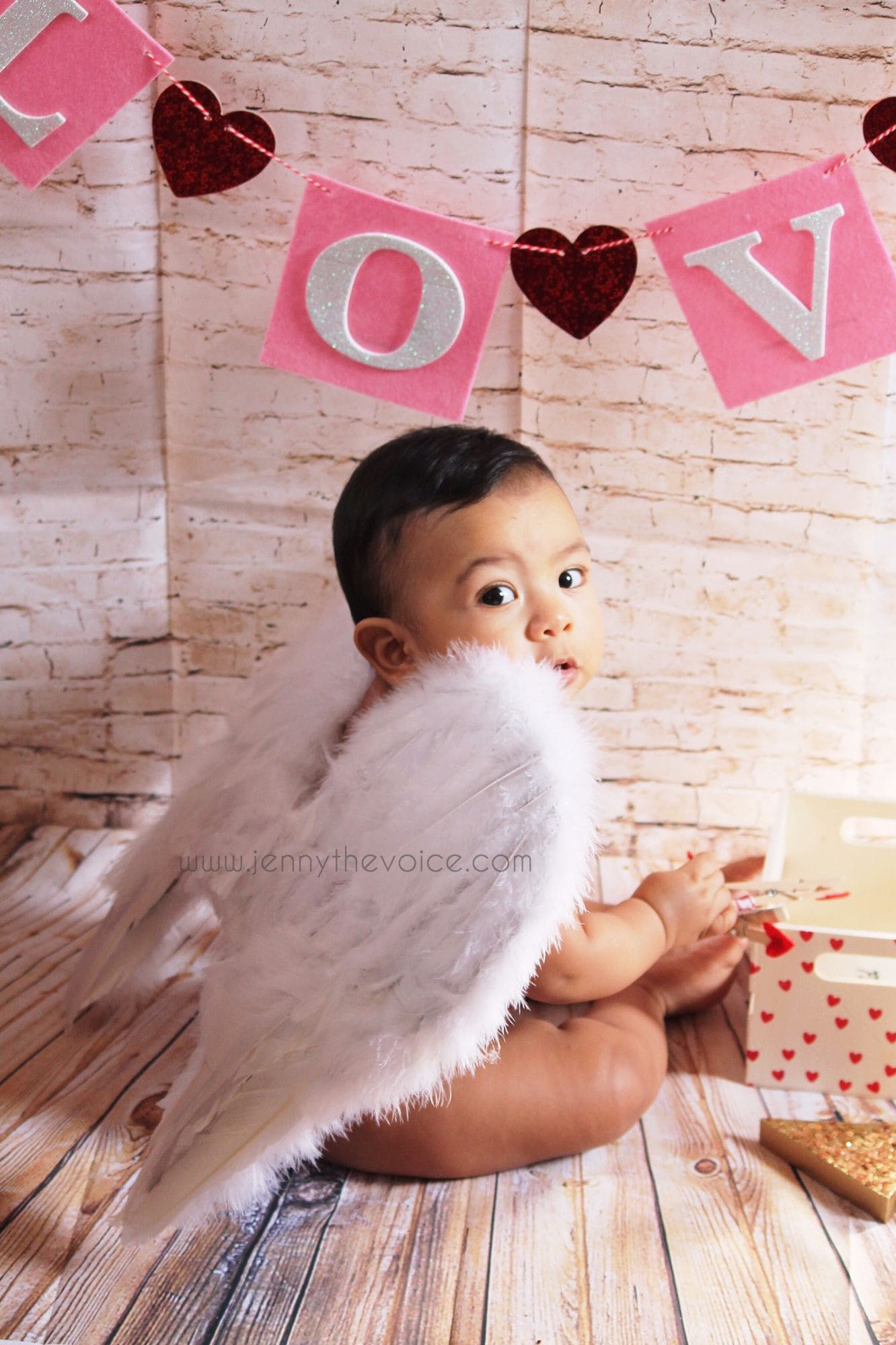 Valenitne's Day baby photo Ideas