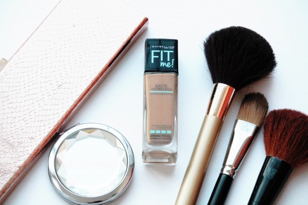 IMG 6871 e1459352452970 - Maybelline Fit Me Fundation