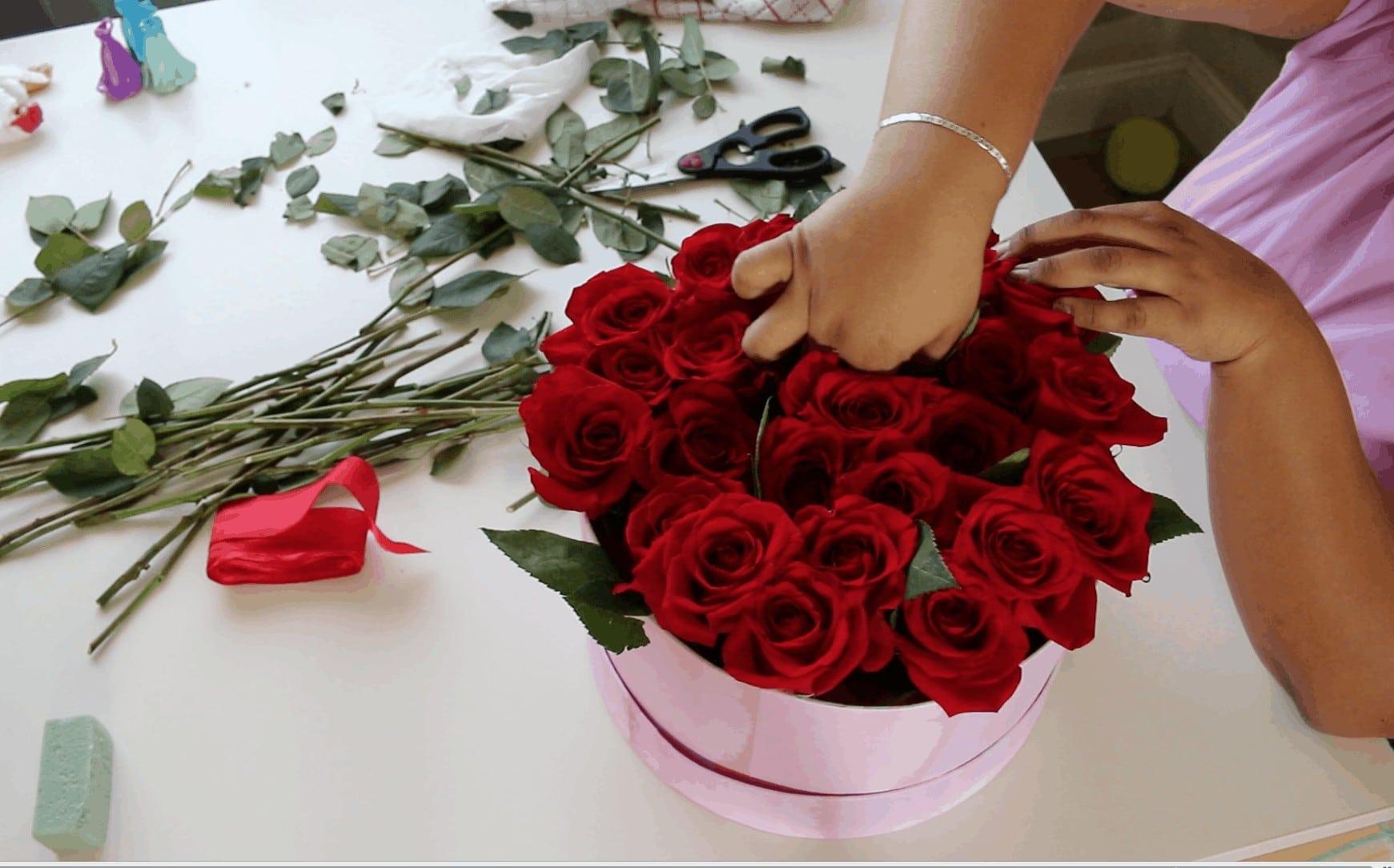 Screen Shot 2017 02 01 at 12.00.32 AM - Cómo hacer Caja de Rosas para San Valentin :  También 6 Fáciles regalos que tu mismo puedes hacer para Valentines Day