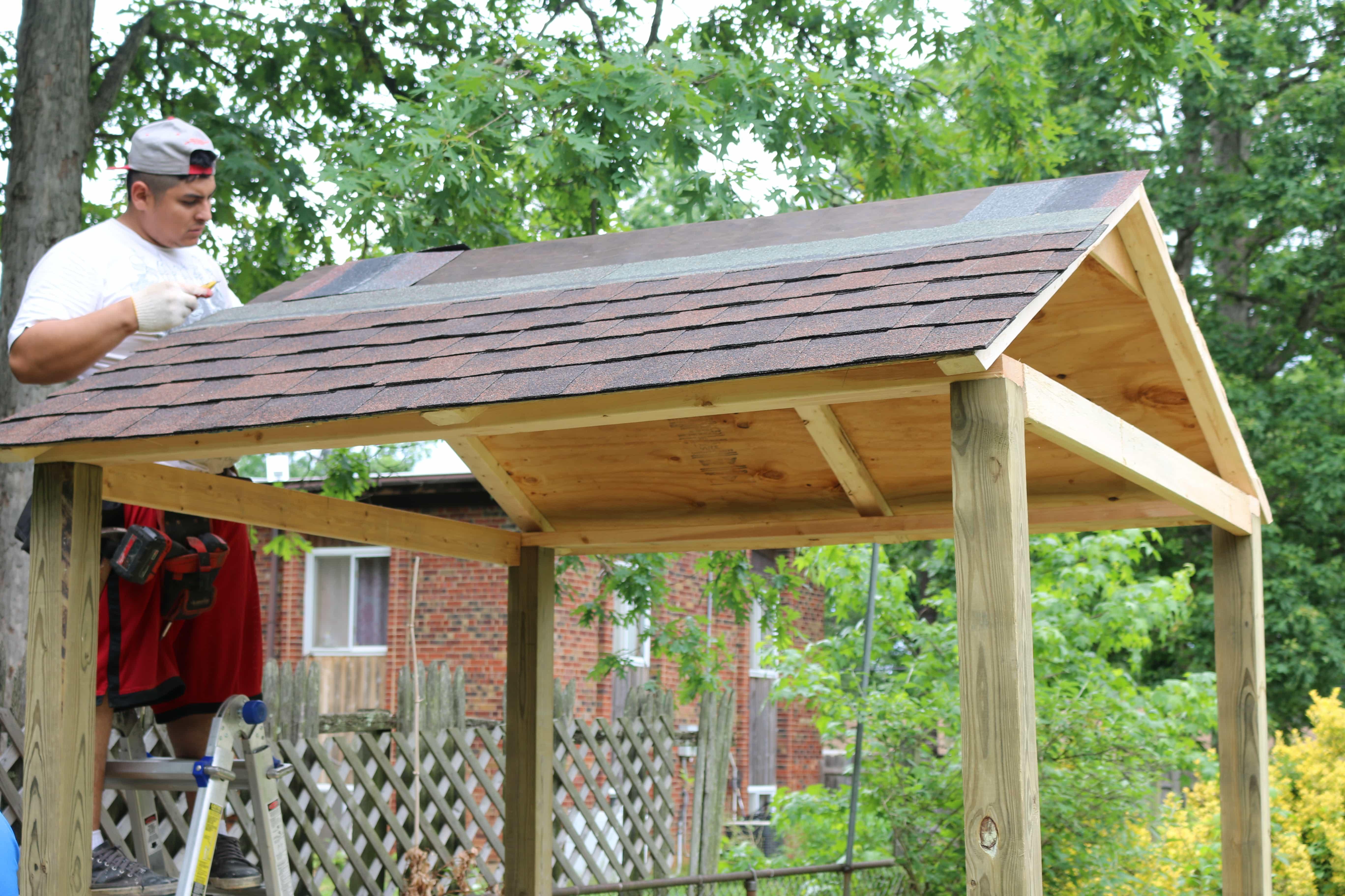 6 - Cómo construir una casita de juegos para el jardín