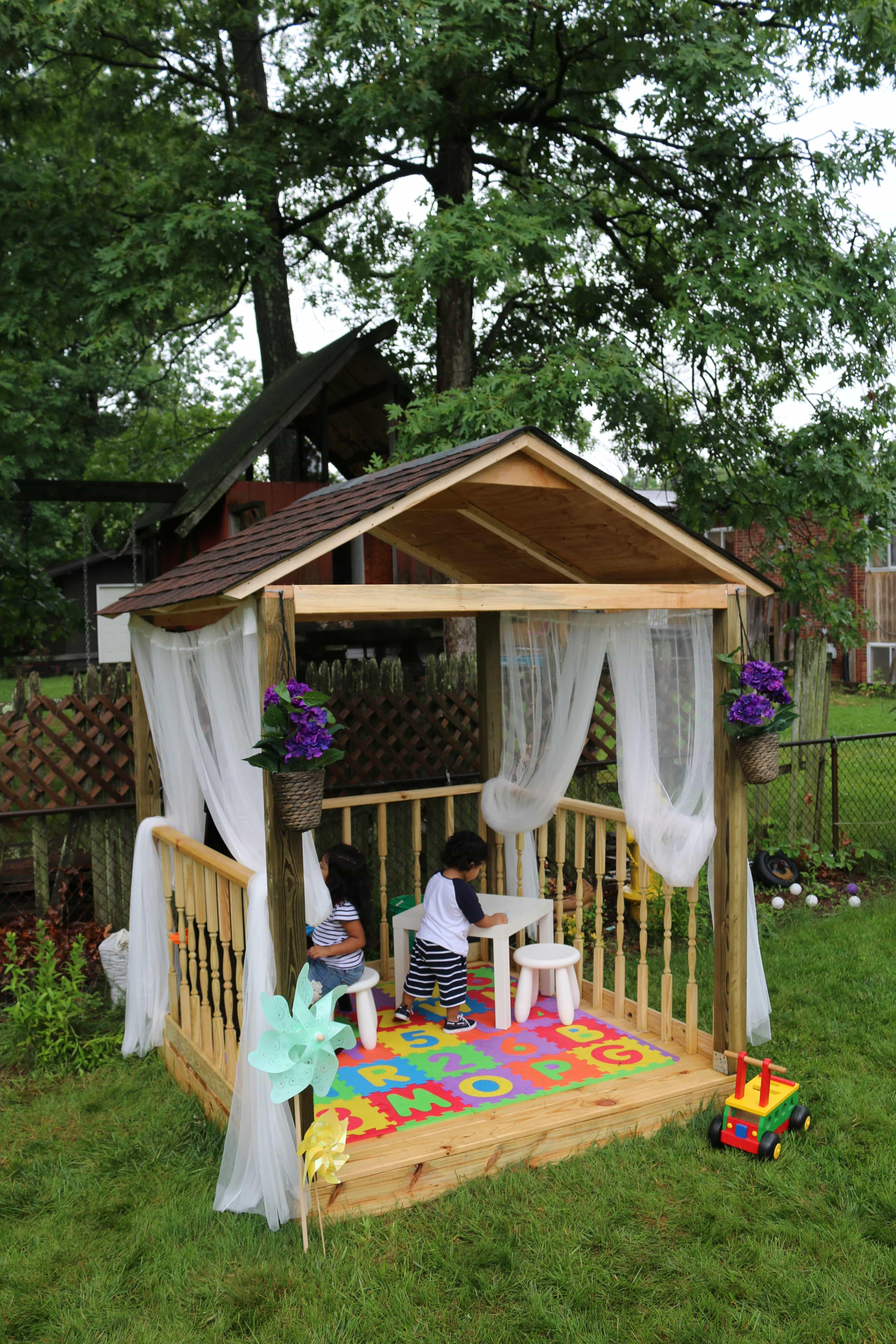 como-construir-una-casita-de-juegos-para-el-jardin