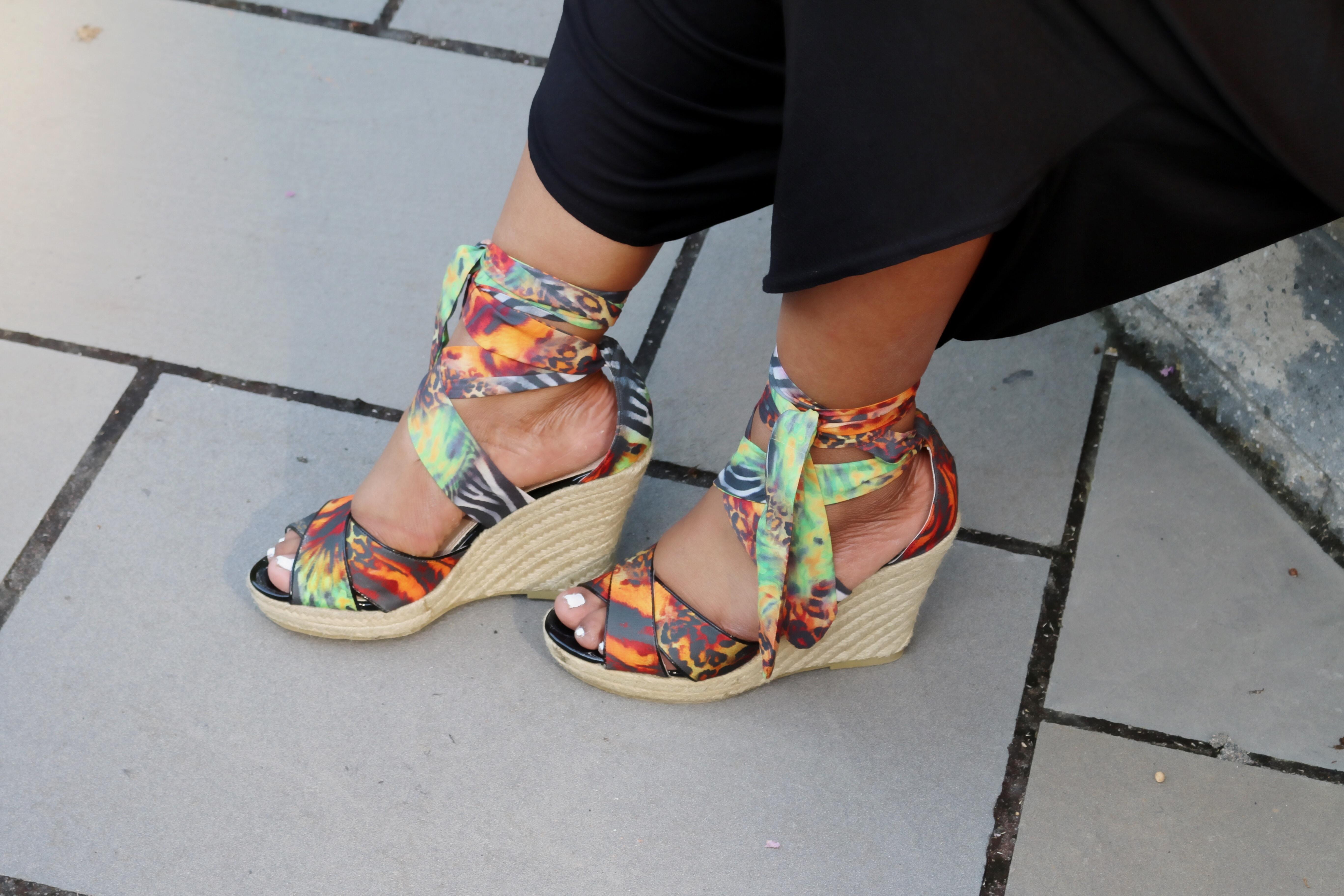 Lace-up-print-sandals