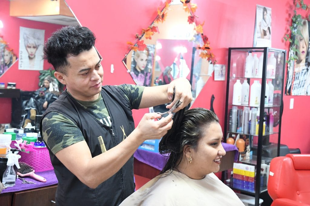 Manuels-Beauty-Salon-Hyattsville-MD