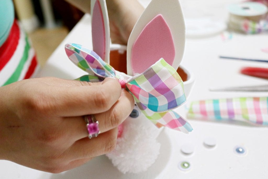 DIY-Easter-bunny-pot-petter-rabbit-the-movie