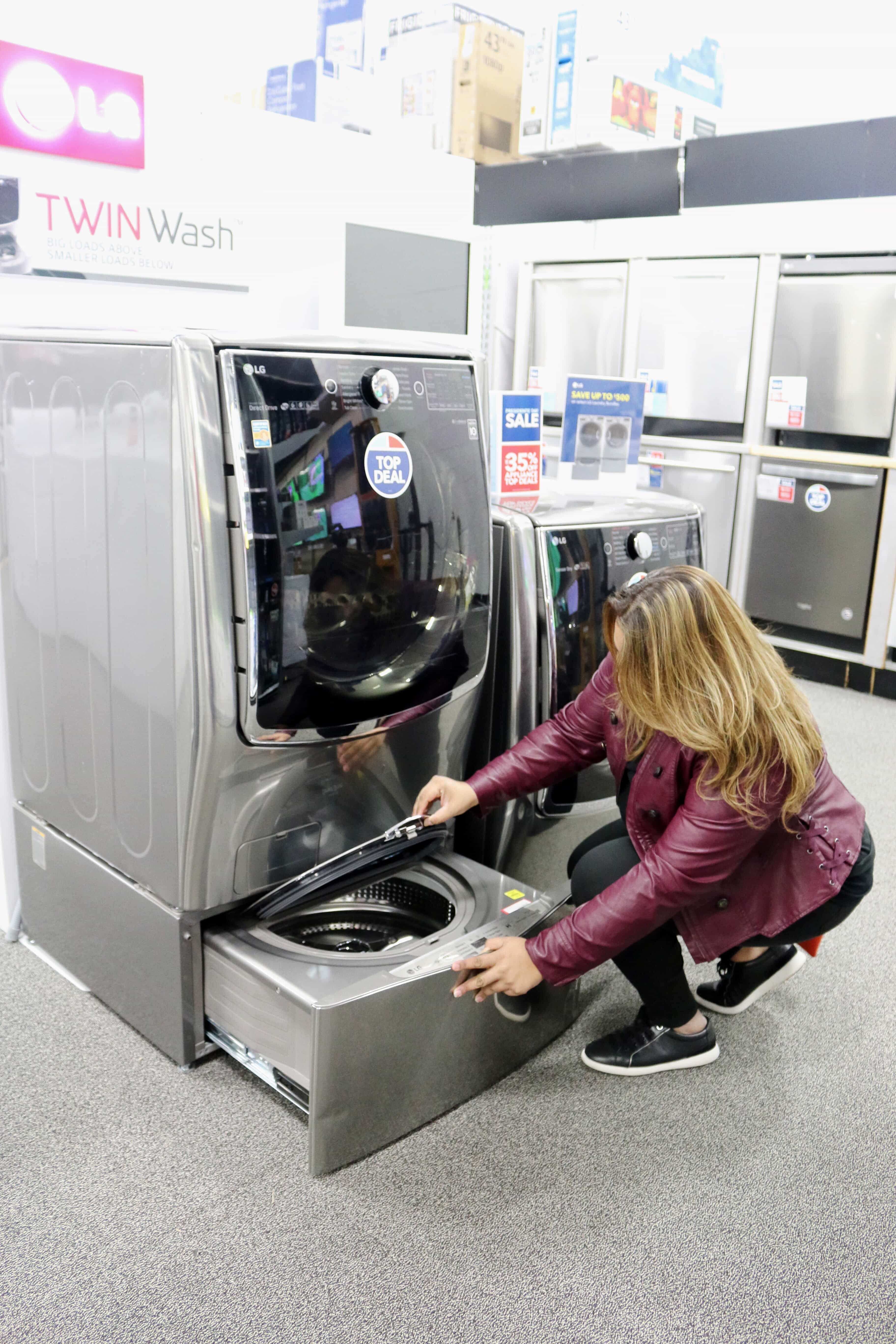 Enlight976 - Wash, Dry, and Refresh with LG Twin Wash System at Best Buy