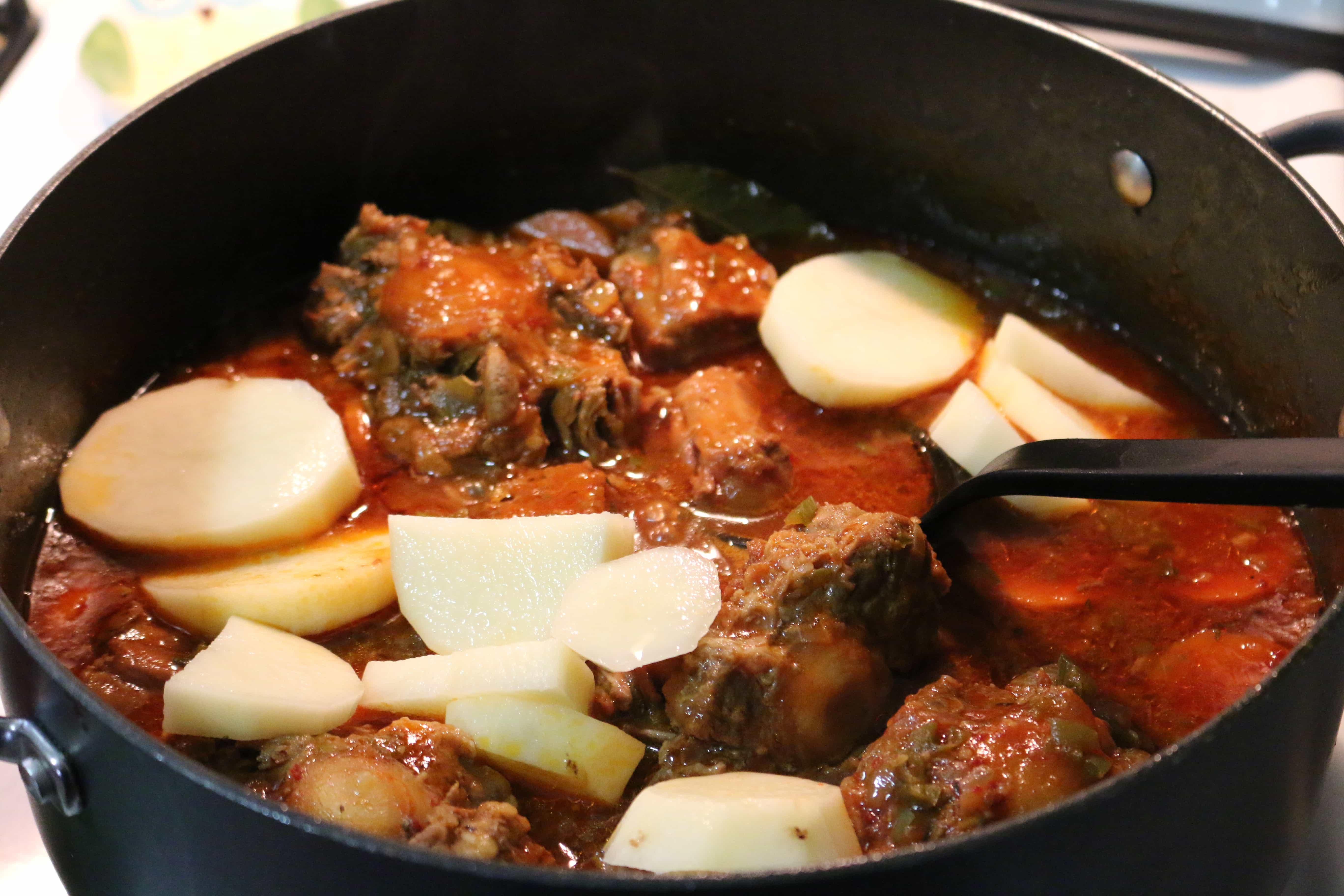 Rumba-Meats-Guisado-de-Rabo-de-Res-Oax-Tail-Stew