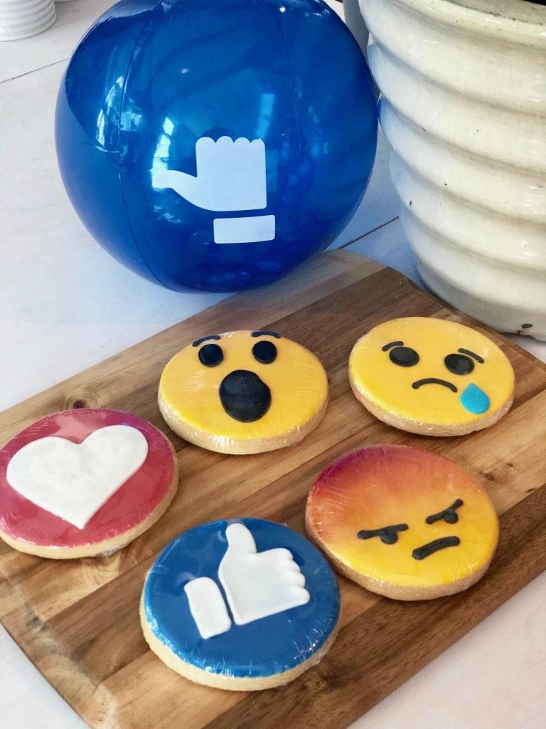 Wolrd emoji day